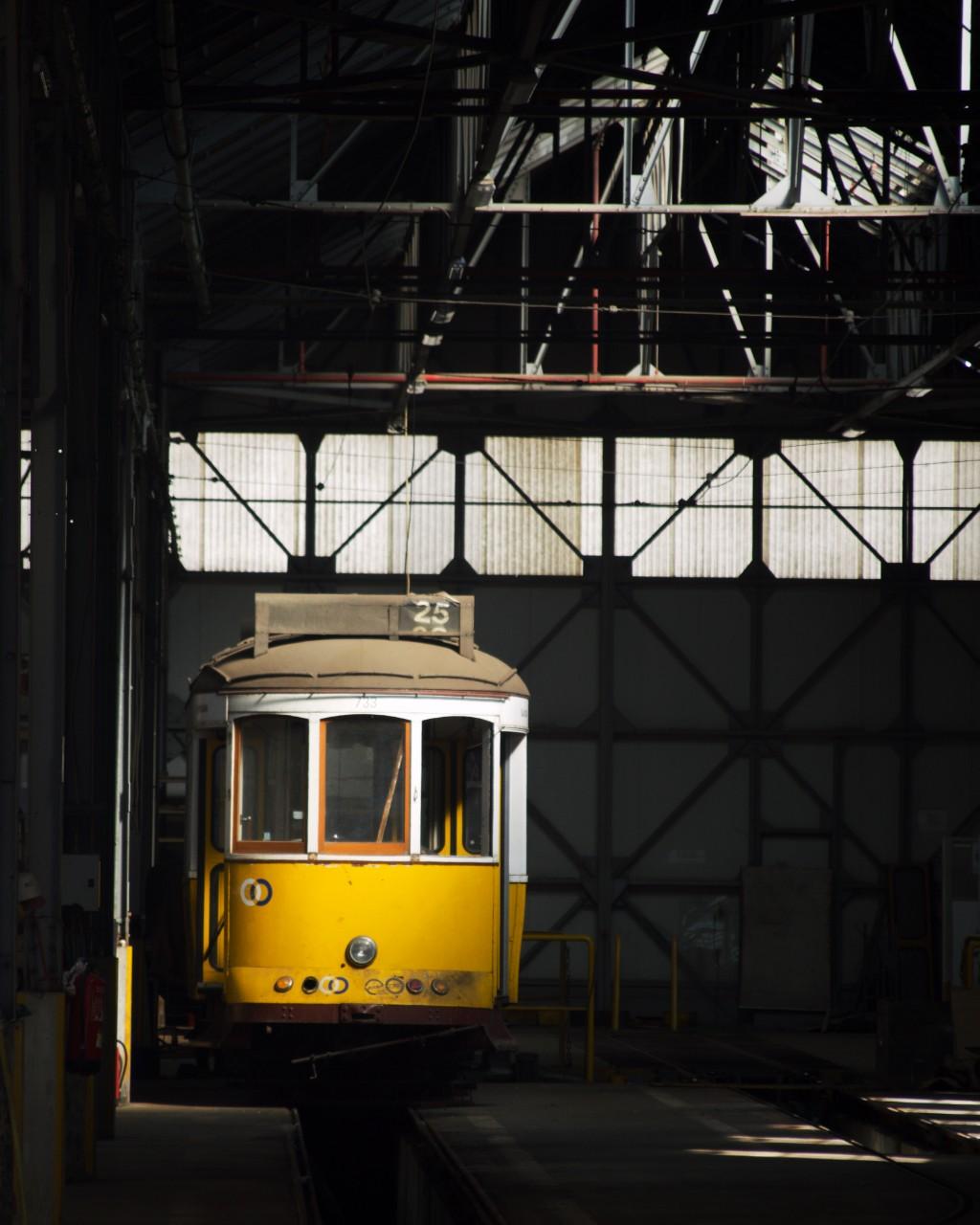 yellow tram lisbon